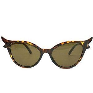 Accessories - Extreme Flair Cat Eye Sunglasses Tortoise Leopard